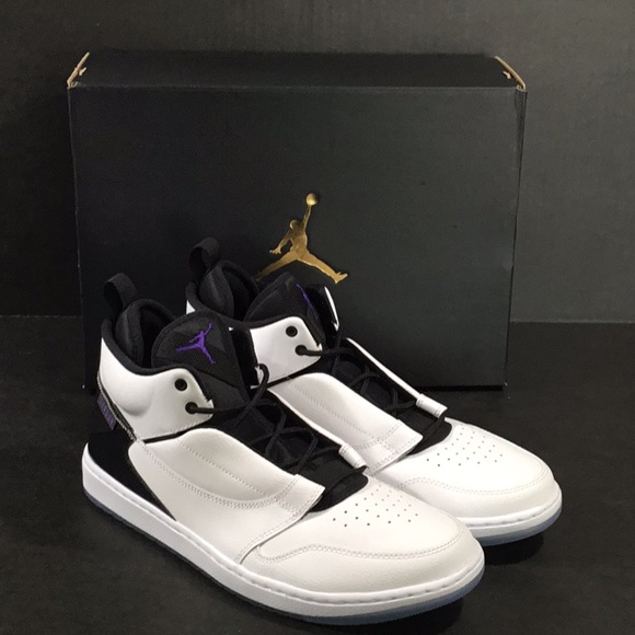 5114119ad7bc0d Nike Jordan Fadeaway AO1329 100